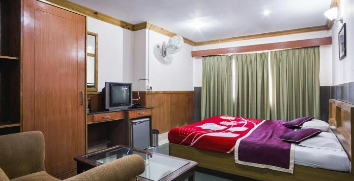 Hotelsinshillong.com